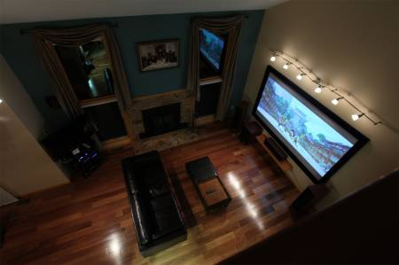 646517254_living_room_night_2.jpg