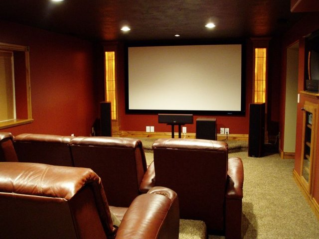 Center channel in home theater