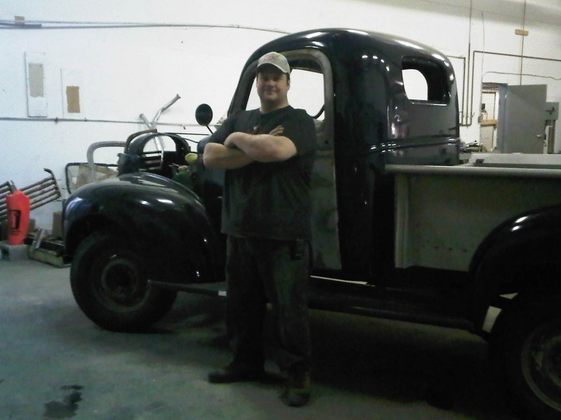 Steve Readman beside the GMC '41.