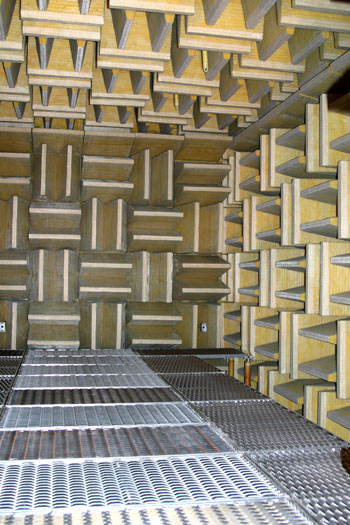 how to build an anechoic chamber